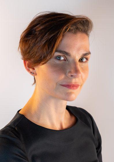 Dr Jenni McCracken