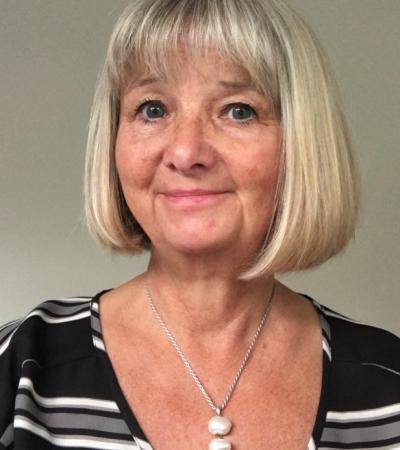 Dr Karen O'Reilly